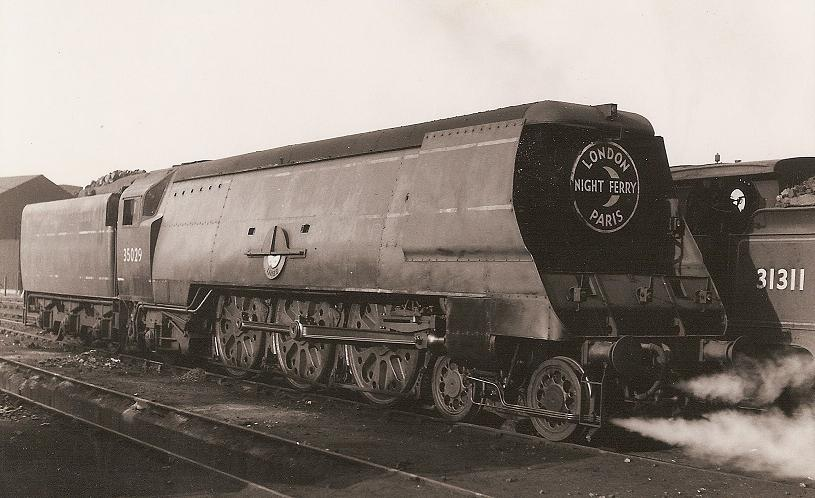 Bulleid Merchant Navy Class Pacific no. 35029 Ellerman Lines (Now sectioned at the NRM) with the Night Mail headboard